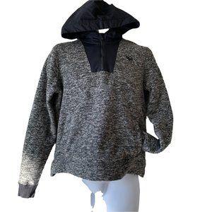 ABERCROMBIE KIDS   B&W fleece popover size 15/16